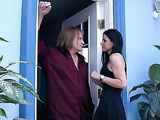 Slender Cougar India Summer Fellates Dick And Gets Her Cooter Gobbled