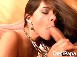 Hard-core Indian Fucking Sexy Damsel Vagina Plowed